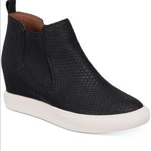 Dolce Vita Black Wedge Platform High Top Sneaker 9